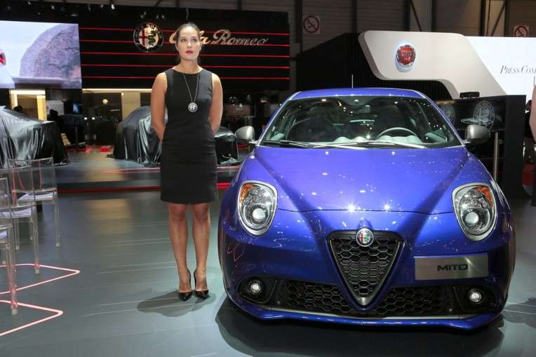 alfa romeo mito 2016 sorprende a la audiencia all access racing team. Black Bedroom Furniture Sets. Home Design Ideas